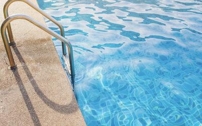 4 razones para proteger tu piscina
